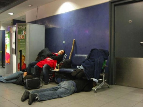 We Can All Relate To These People Sleeping At The Airport