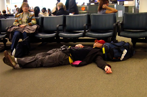 the-best-funny-pictures-of-sawing-logs-on-the-airport-floor-podolux-flickr