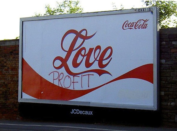 billboard graffiti, funny billboards, funny photos, funny pics, funny pictures, funny vids, best funny pictures