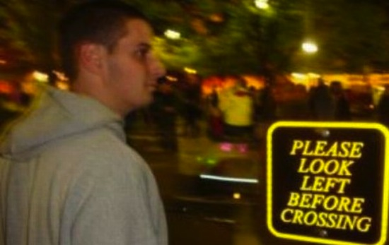 funny pics, funny photos, funny pictures, funny vids, people disobeying signs, funny people, idiots