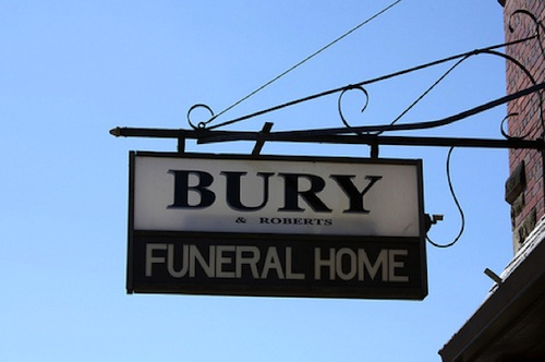 funny funeral home names, funeral home names, top funeral home names, best funeral home names, good funeral home names, funny vids, funny pictures, funny pics, funny photos, funny signs