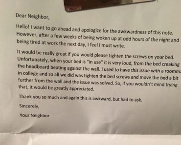 awkward note from a neighbor, awkward note, awkward notes, awkward, funny notes, funny pics, funny photos, funny pictures, funny vids, notes from strangers, angry notes from strangers, angry note, angry notes