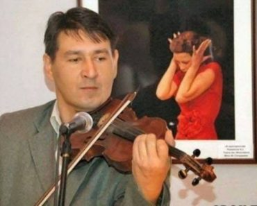 man playing violin woman in painting covering ears, best funny pictures, funny pics, funny photos, funny pictures, funny vids, the best funny pictures, really funny photos, funny photos of animals, funny photos 2016, funny photos 2017, funny photos 2018, funny photos 2019, funny pics 2016, funny pics 2017, funny pics 2018, funny pics 2019, funny pictures 2016, funny pictures 2017, funny pictures 2018, funny pictures 2019, funniest pics 2016, funniest pics 2017, funniest pics 2018, funniest pics 2019, funniest pictures 2016, funniest pictures 2017, funniest pictures 2018, funniest pictures 2019, funniest photos 2016, funniest photos 2017, funniest photos 2018, funniest photos 2019, where to find funny pictures, funny pictures which made everyone laugh, where funny pictures, where to download funny pictures, where to find funny pictures with captions, where to get funny pictures for instagram, where to find funny pictures to share, where to find funny pictures to share on facebook, where to see funny pictures, funny pictures for instagram, funny pictures for facebook, funny pictures for memes, funny pictures for wallpaper, funny pictures for him, funny pictures for her, funny pictures for friends, funny pictures for snapchat, funny pictures like uberhumor, funny pictures like 9gag, funny pictures like facebook, funny pictures like, funny pictures like ifunny, funny stuff like pictures, funny pictures to text, funny pictures to photoshop, funny pictures to send, funny pictures to caption, funny pictures to post, funny pictures to make someone feel better, funny pictures to put on facebook, funny pictures to make you laugh, funny pictures to make you smile, funny pictures to brighten your day, funny pictures to brighten someone's day, funny pictures with words, funny pictures with no words, funny pictures without captions, funny pictures with jokes, funny pictures with dogs, funny pictures with cats, funny pictures without words, funny pictures without text, where can I find funny photos, best photos ever, best photo ever, silly photos, silly pictures, silly pics,
