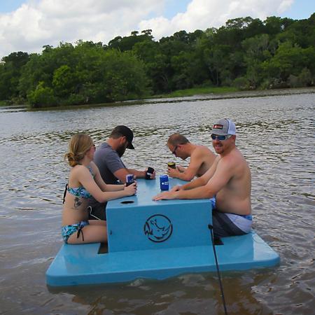 sams club floating picnic table
