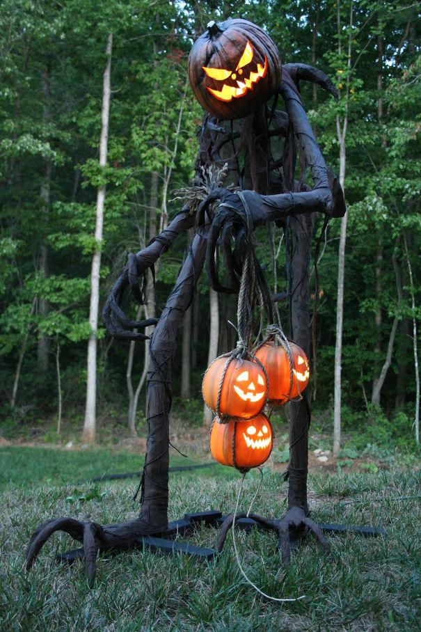 Halloween, halloween decorations, scary halloween decorations, scariest halloween decorations, best halloween decorations, halloween houses, haunted houses decorations, viral halloween decorations