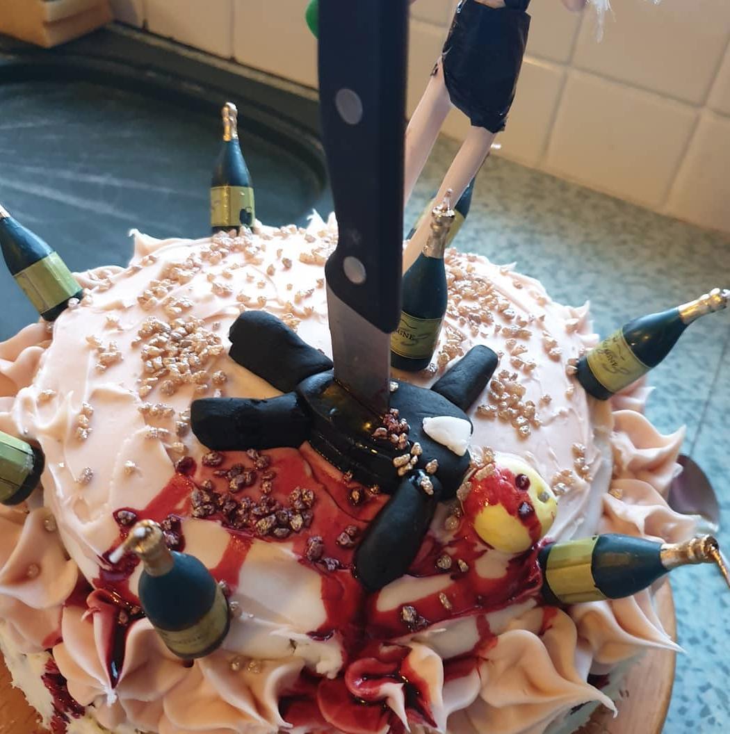 divoce cakes