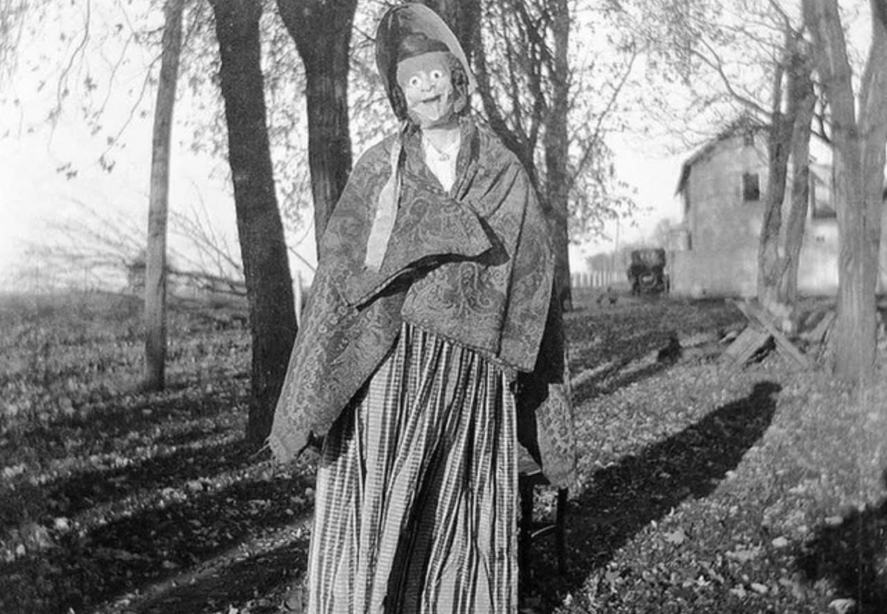 vintage halloween costumes
