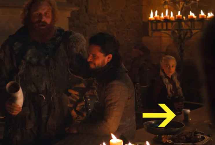 game of thrones, game of thrones coffee cup, GoT coffee cup, emilia clarke coffee cup, emilia clarke, game of thrones cup jimmy fallon, emilia clarke game of thrones cup