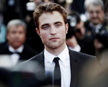 Robert Pattinson, Robert Pattinson handsome, Robert Pattinson most handsome man in the world, Robert Pattinson most beautiful man in the world