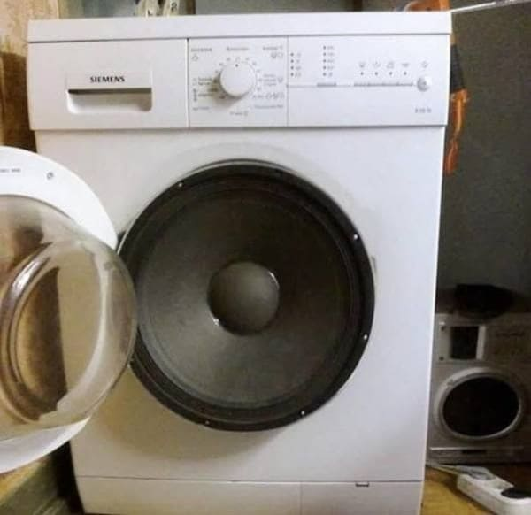 washer or dryer that looks like an audio speaker funny picture