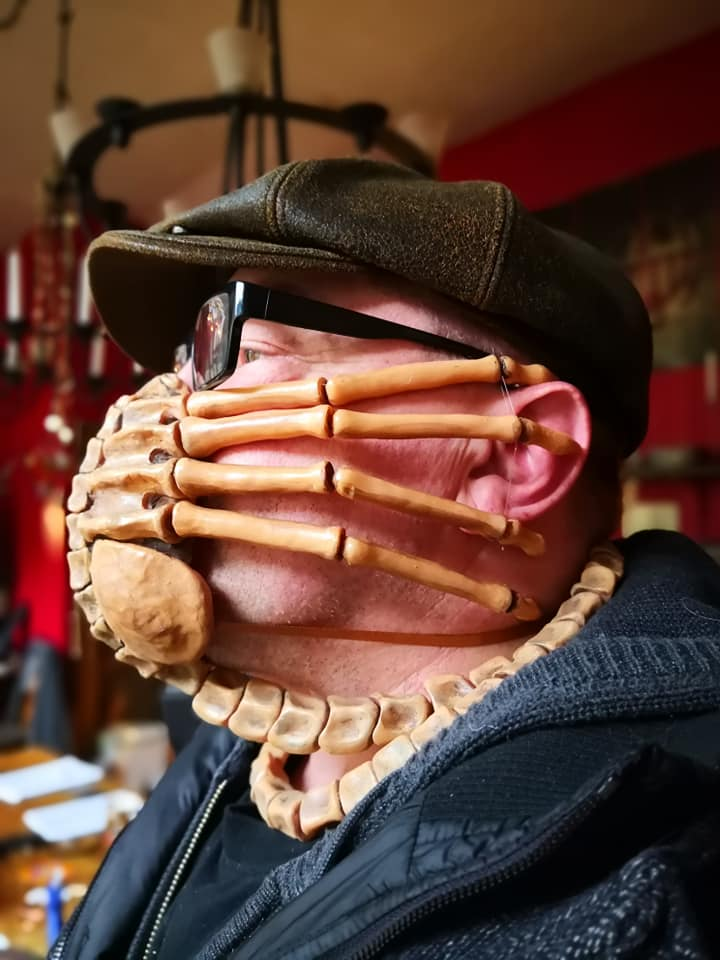 facehugger mask, alien facehugger mask