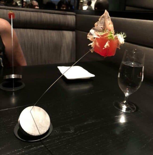 Weird sushi presentation