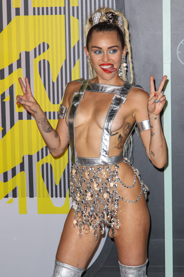 Celebrity nude photo leaks, hacked celeb photos, naked pictures of famous people, nude famous photos, movie star nudes, male nudes, female nudes, celeb photo hack, scandal, sex tapes